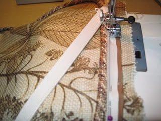 sewingzipper-7023145